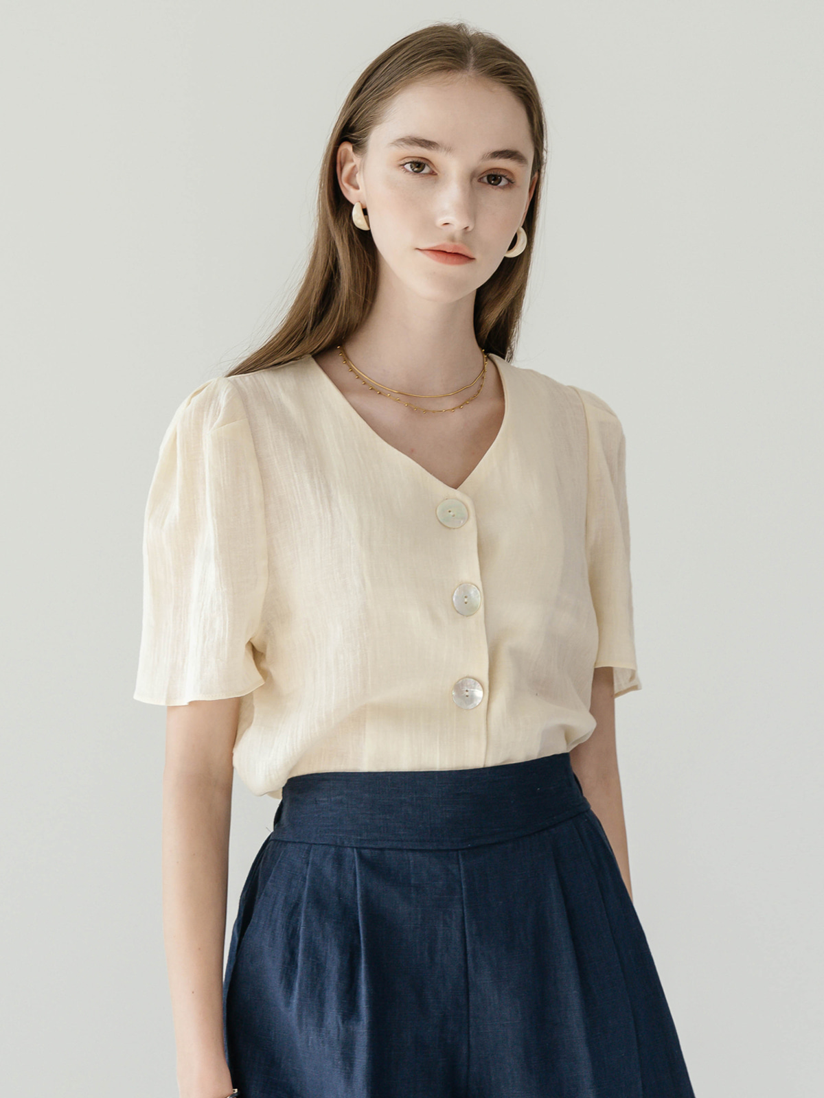 Oliver  Button Puff Blouse_Beige