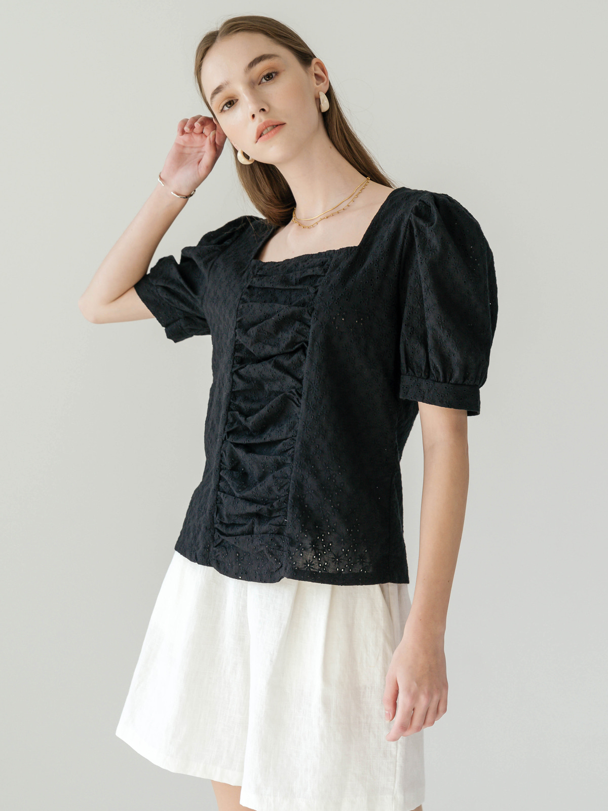 Cleo Drape Puff Blouse_Black