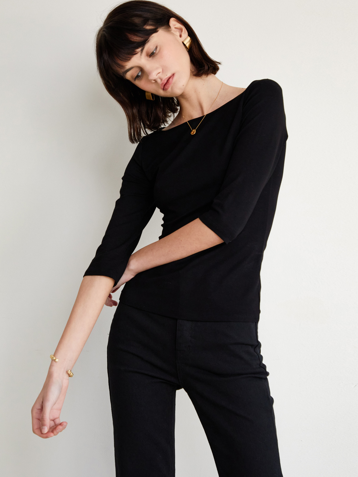 Ella Medium Sleeve T-Shirts_Black