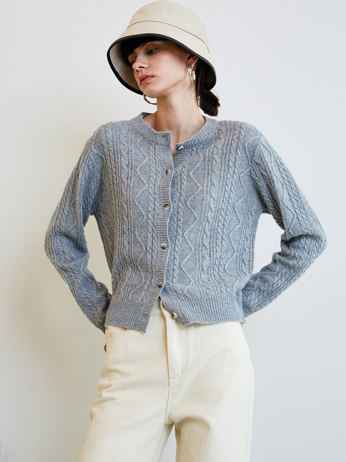 Julie Cable Cardigan_Grey