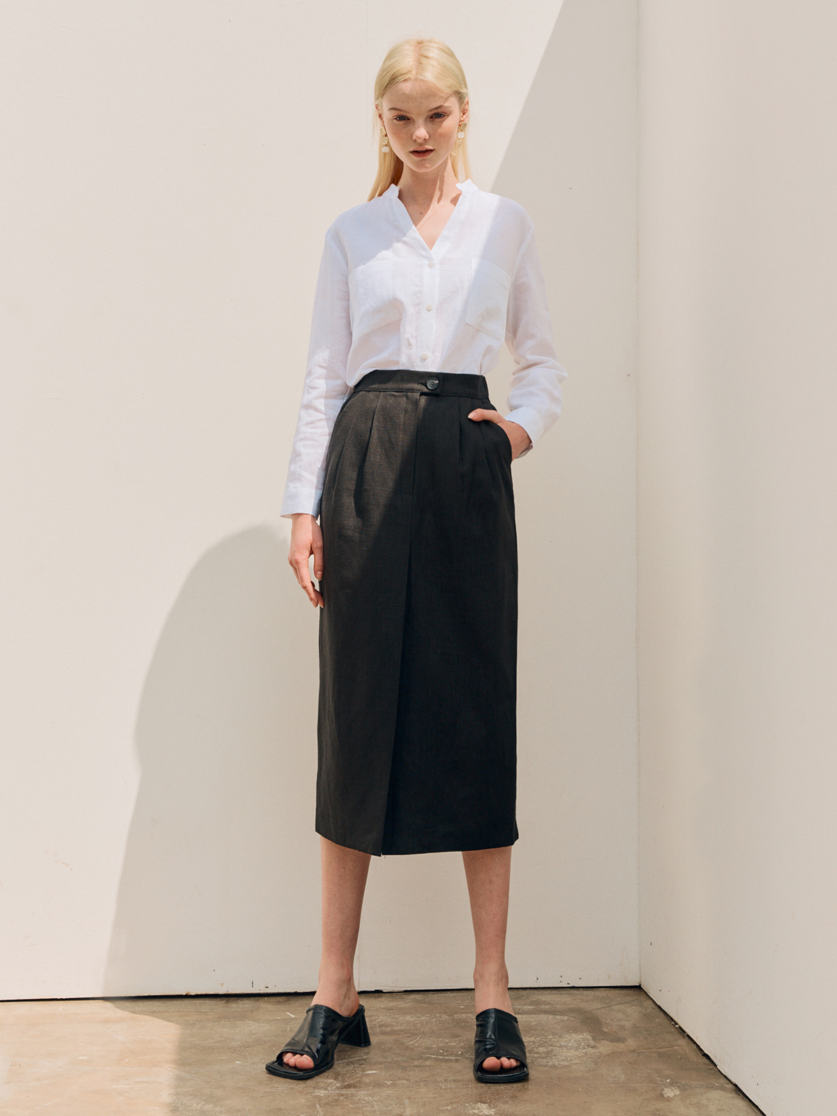 Hannah Linen Slit Skirt_Black