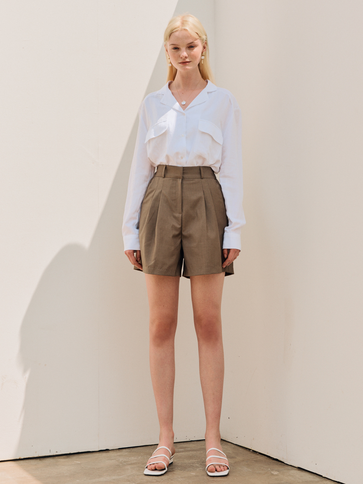 Bonnie Pintuck Short Pants_Khaki