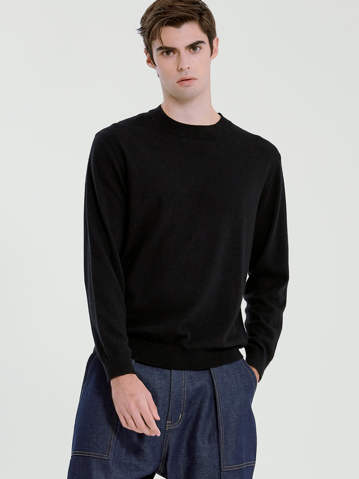 Cashmere Blended Crewneck Knit_Black