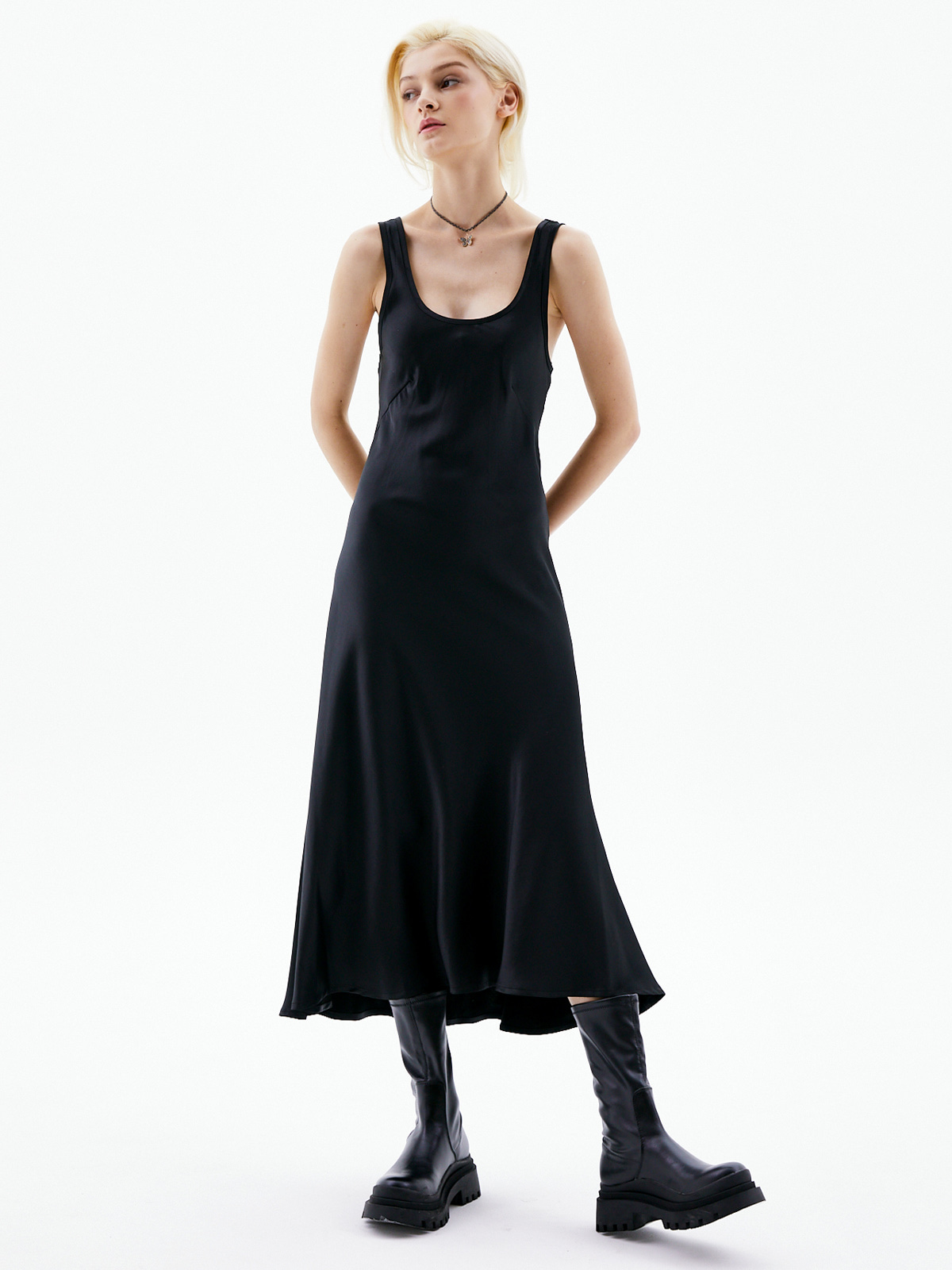 Ines Long Sleeveless Dress_Black